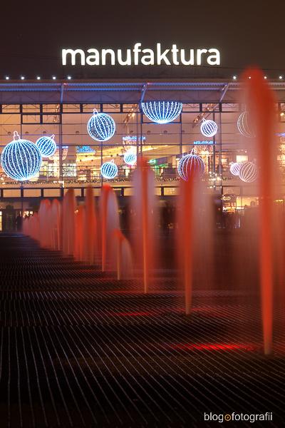 Manufaktura z jej podświetlanymi fontannami